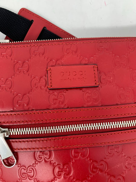 Gucci Red Guccissima Flat Messenger