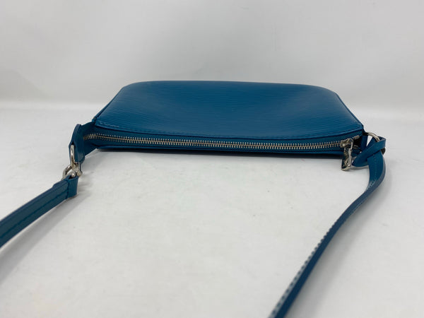 Louis Vuitton Pochette Accessories NM Epi Leather Cyan Handbag