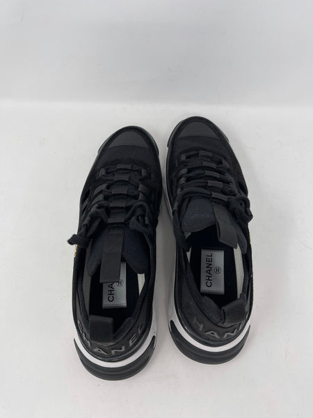 Chanel Sneakers black/white size 42