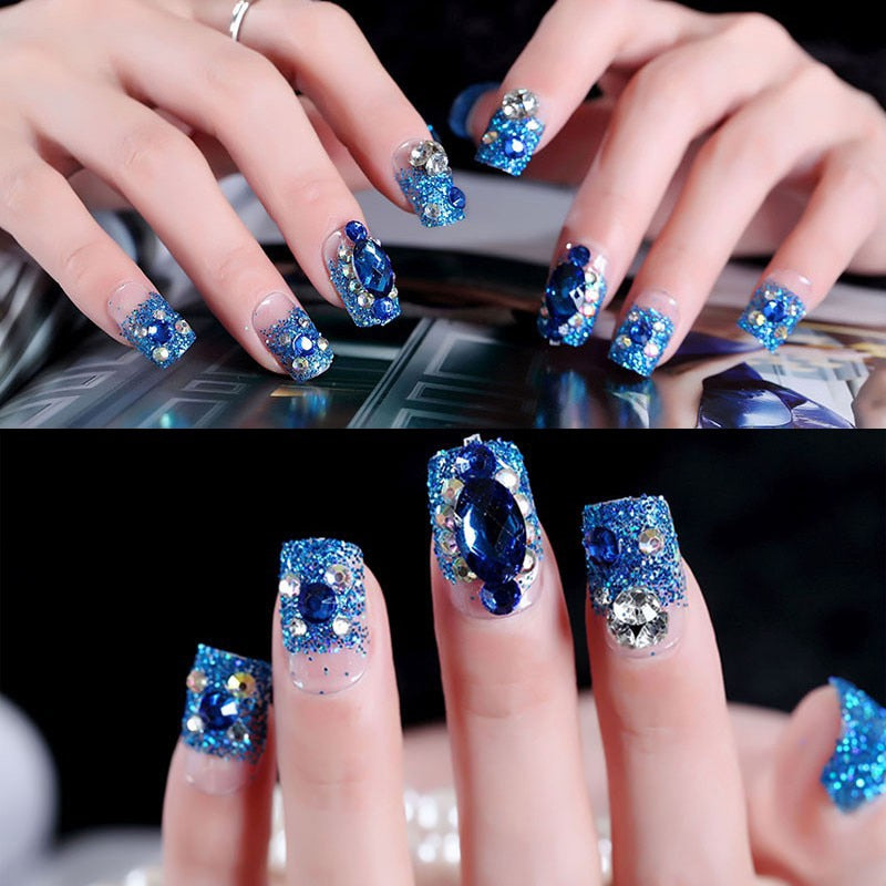 24Pcs Nail Art New and Hot Professional Fake Nails Crystal Rhinestone Blue Color for Weddings Natural Nail Film False Nails