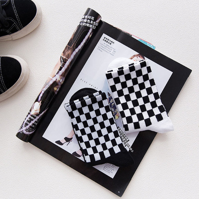 Elastic Sports White And Black Squares Sweat absorbent Casual Soft Chic Men Socks LootDash