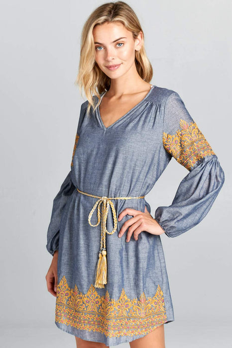 LONG SLEEVE EMBROIDERED DRESS WITH WAIST TIE
