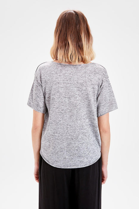 Trendyol Gray Knitted T Shirt TWOAW20TS0172