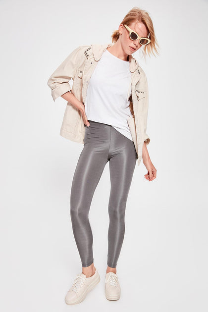 Silver Shiny Techno Leggings