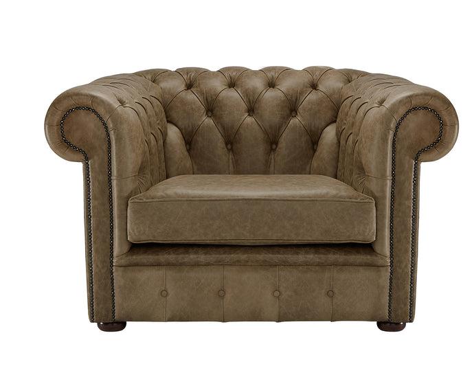 1694 Chesterfield Club Chair, Walnut Heritage Leather