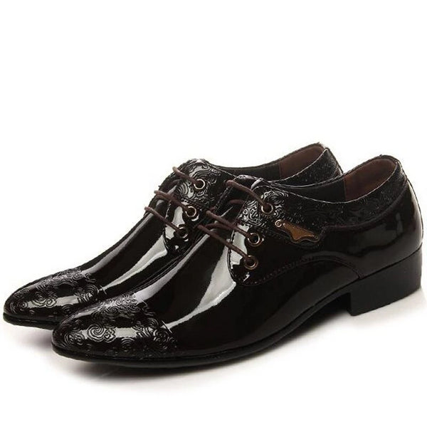 patent lace up leather shoe