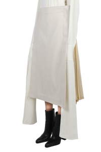 Back pleated skirt - ivory