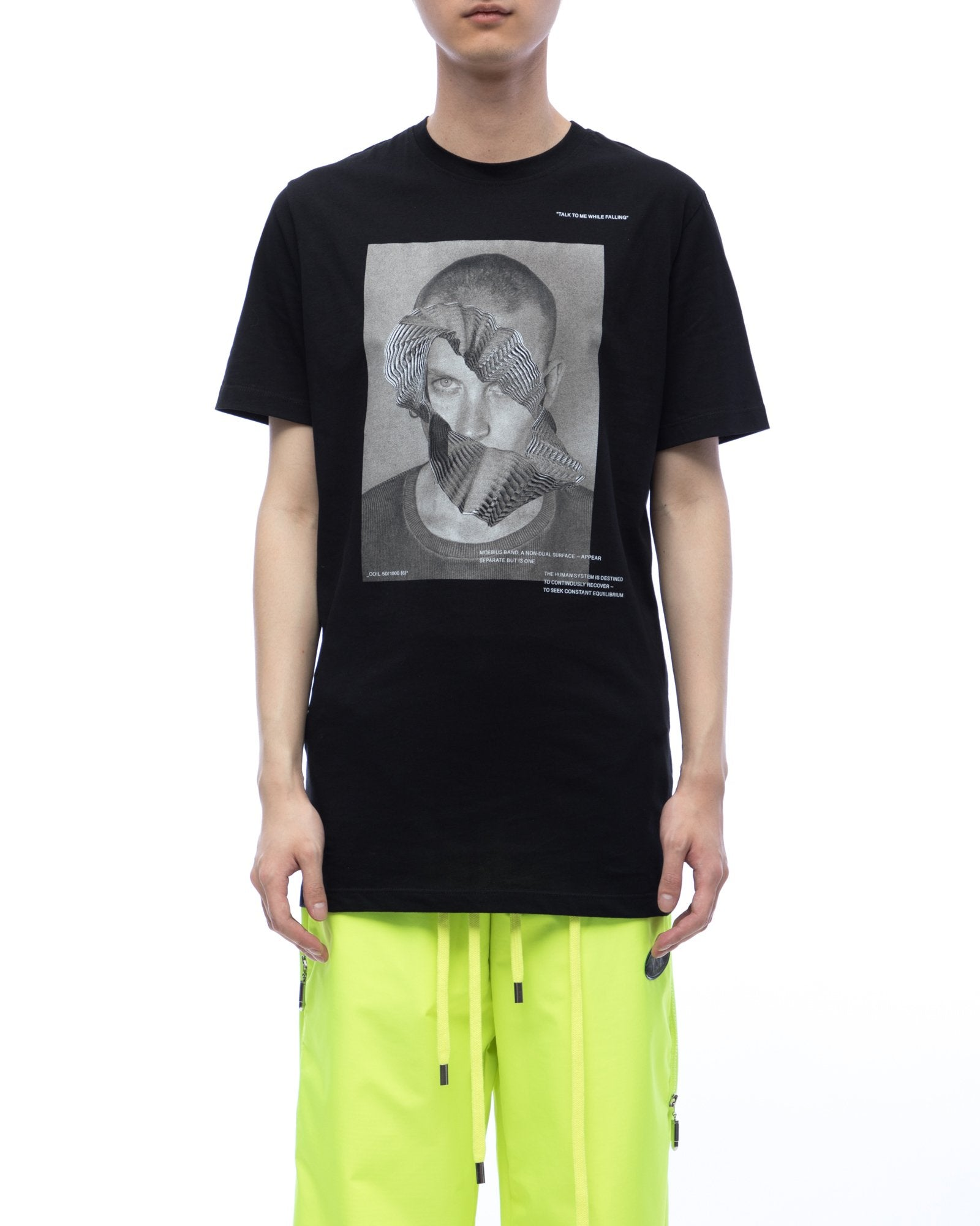 Tee with graphic moebius tour - black