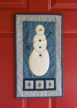 Load image into Gallery viewer, Christmas Quilts From Hopscotch: Warm And Cozy, Merry And Bright