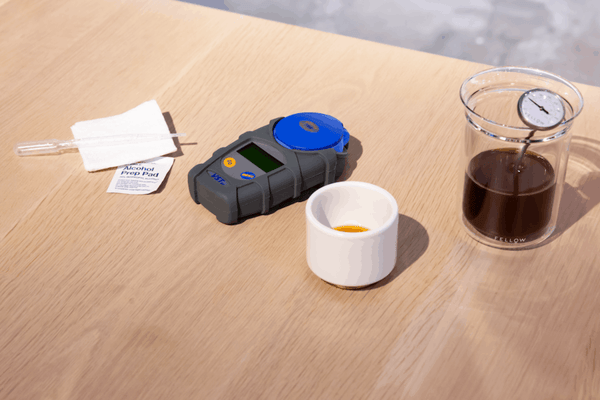 How to measure TDS on a refractometer for coffee