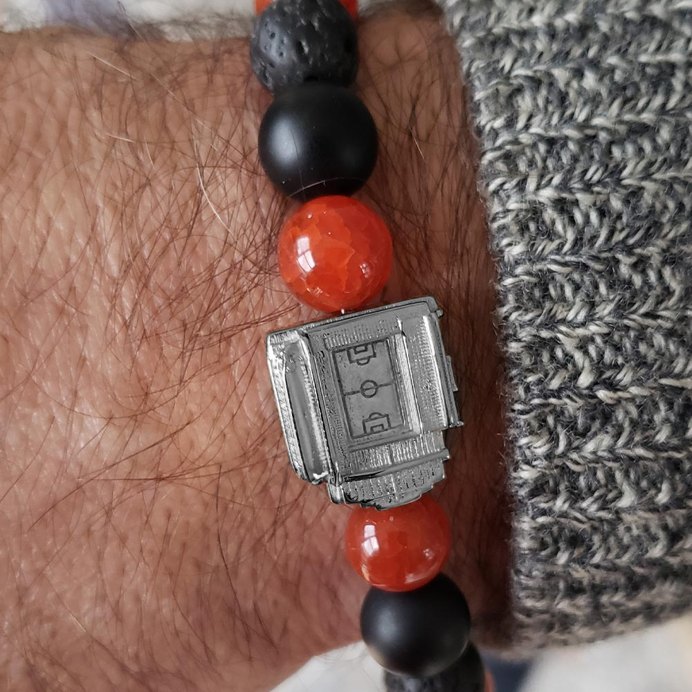 Anfield 3taDium Defender 10 Red Crackle Agate Bracelet