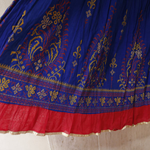 Long Skirt. Cotton skirt. Printed Indian bottom skirt for dance costume purple