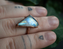 Load image into Gallery viewer, Rainbow Moonstone /  Size 6