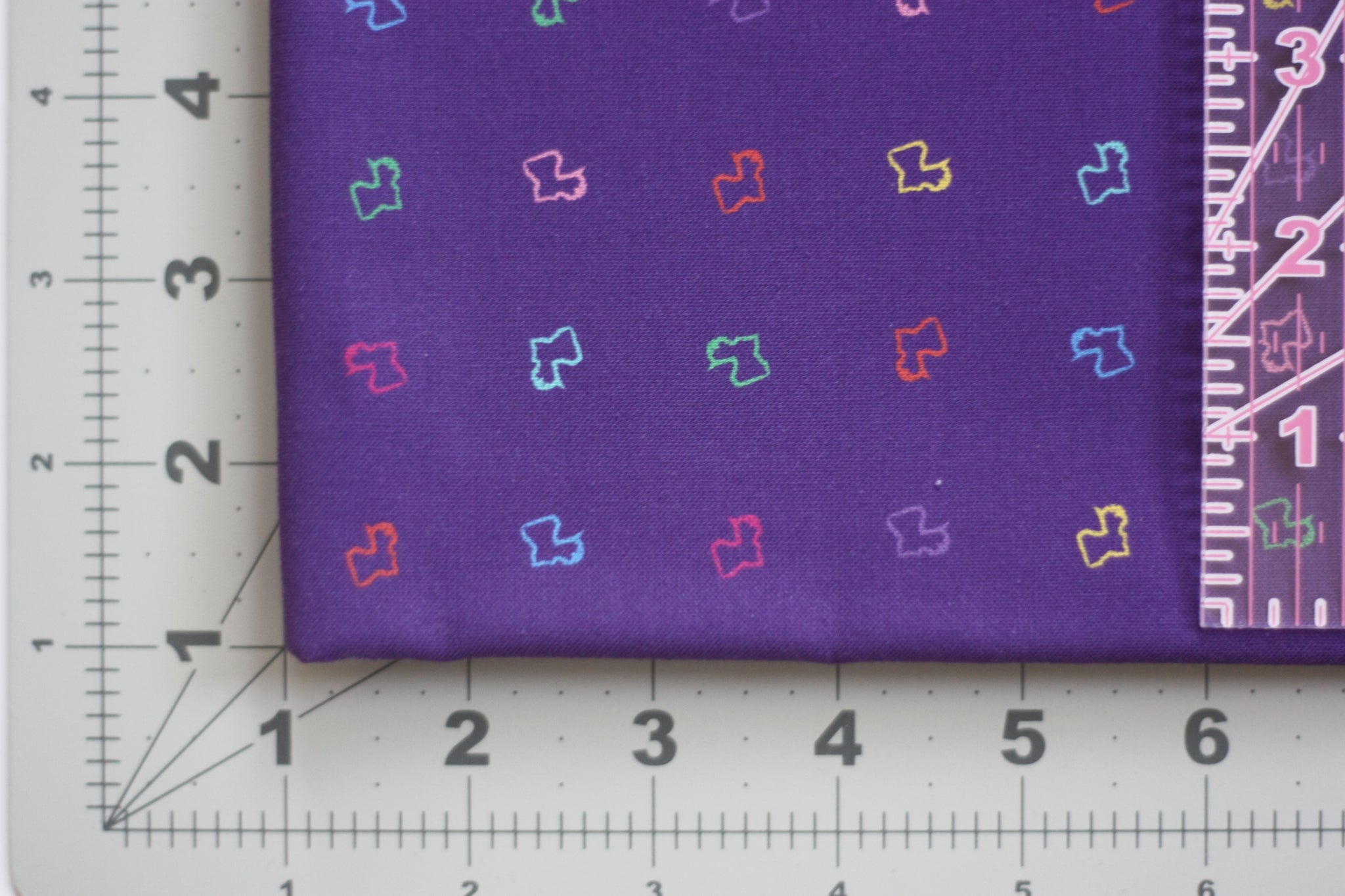 Fabric: La Louisiane in Purple