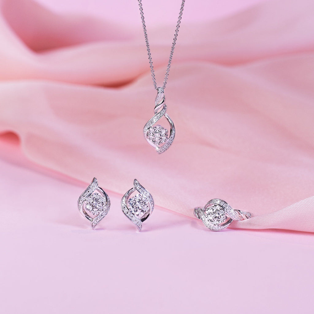 Brilliant Illusion Diamond Flower Necklace in Sterling Silver Necklaces Bevilles