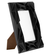 BLACK OR WHITE 4 X 6 PHOTO FRAME WITH 3D PRISM DESIGN