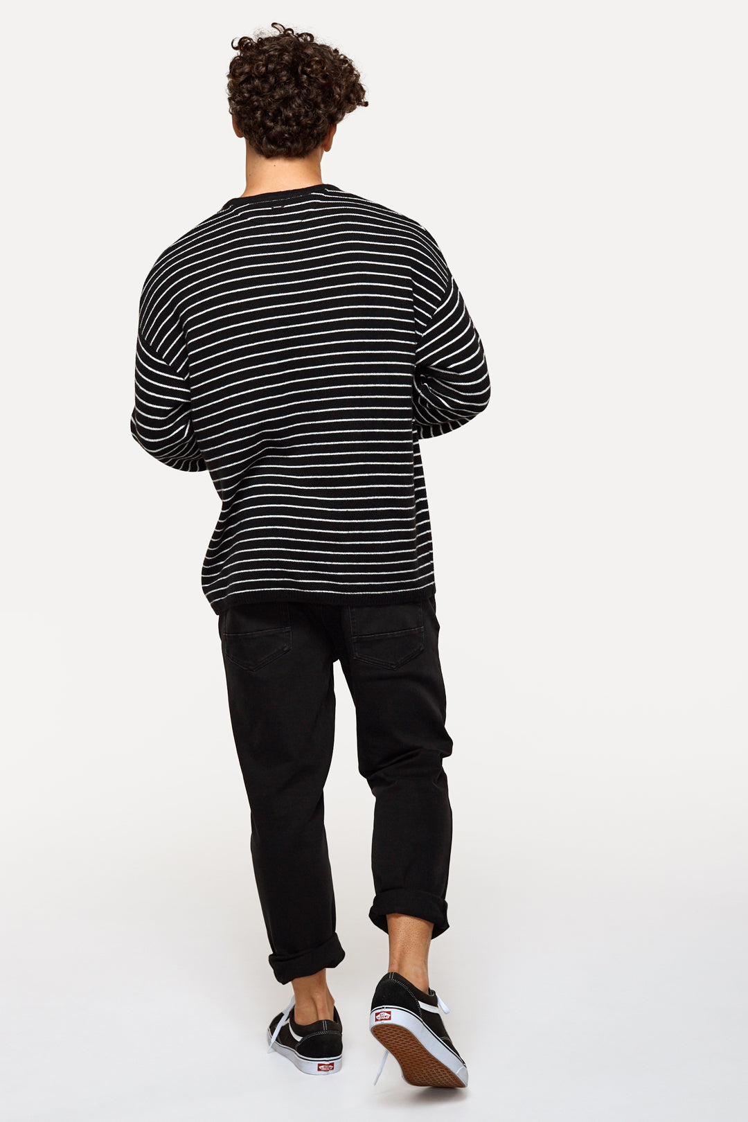 The Estates Stripe Knit - Blk/Of Wht