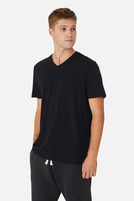 The New Basic Vee Tee - Black