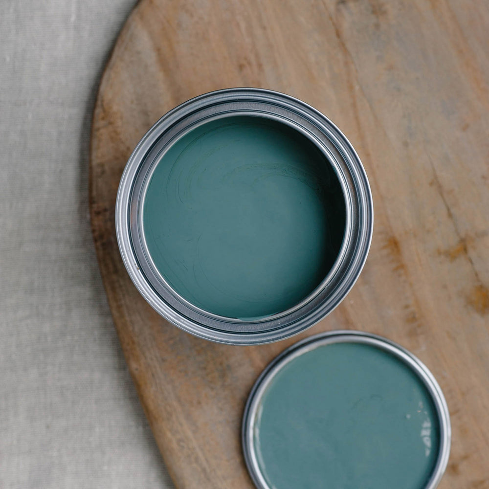26. Retreat chalk paint