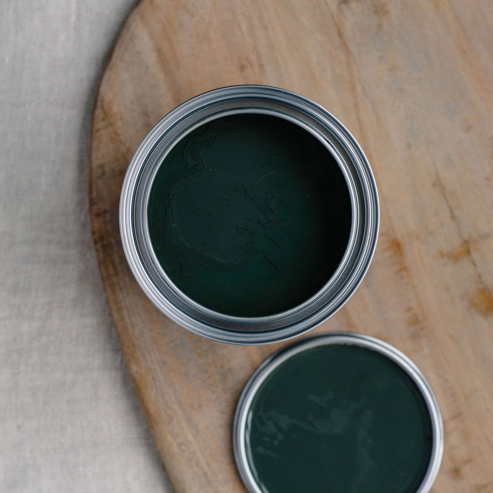 33. Nightfall chalk paint