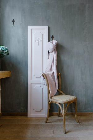 16. Muted Pink chalk paint