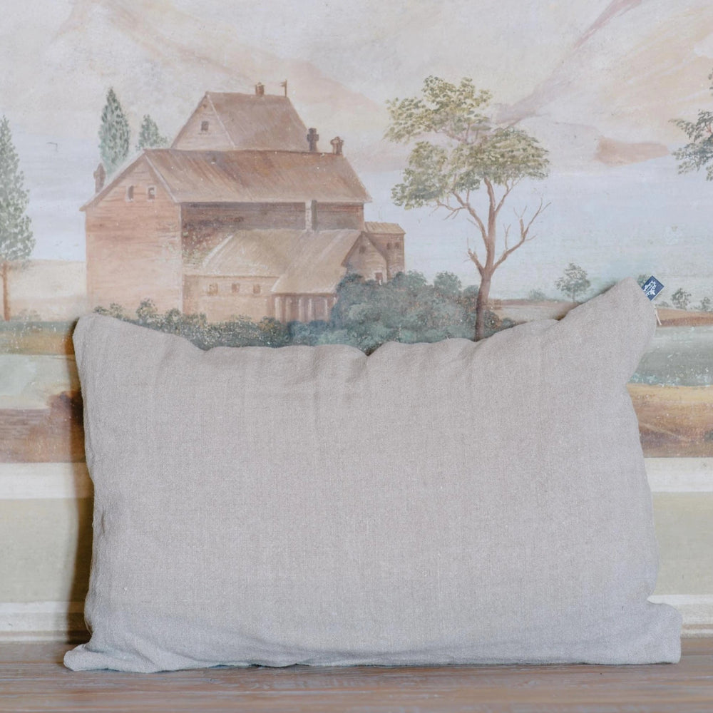 "Handmade Linen Cushion lumbar ""Soothing 02"""