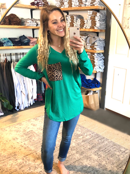 Molly V-neck Emerald Top
