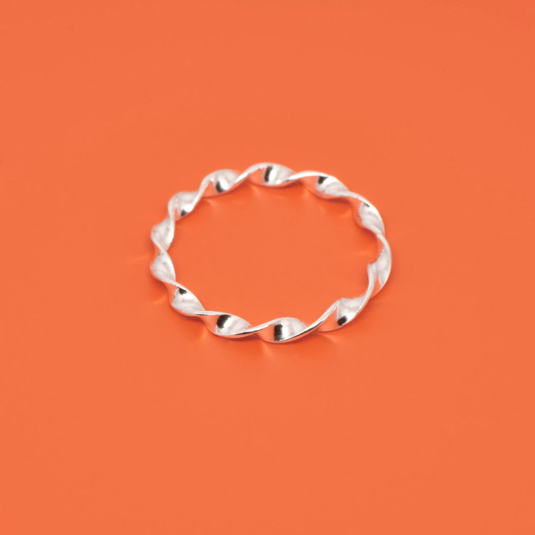Gedrehter Ring twisted in Sterling Silber