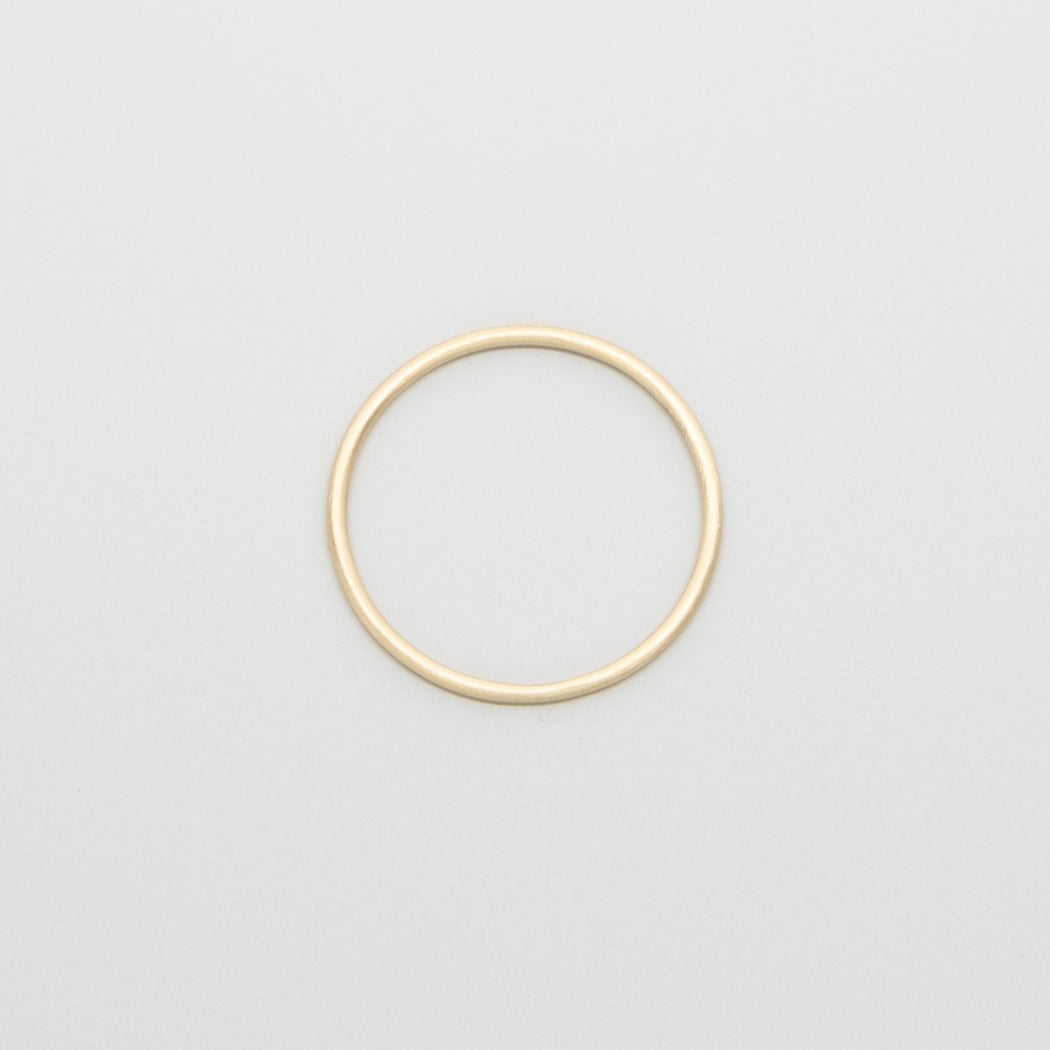 satin single ring | solid gold