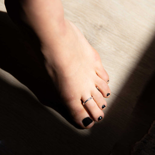simple toe ring