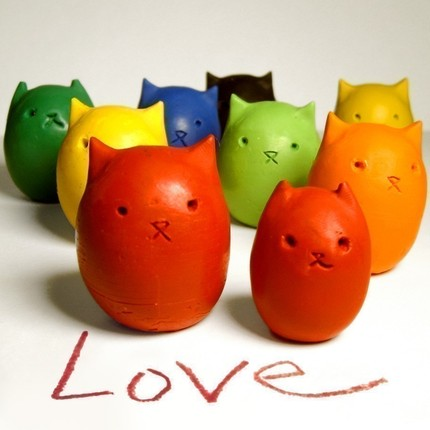 kitty_crayons
