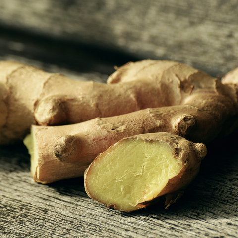 Eat ginger for fibromyalgia pain relief - Aromalief