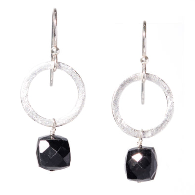 Onyx Silver Circle Gemstone Earrings - SASKIA