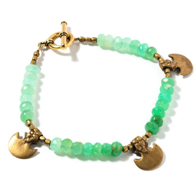 Our tigris bracelet is a vibrant boho beaded bracelet. This colorful green ombre bracelet is earthy, funky, and bohemian feeling. Like all SASKIA jewelry, this unique bracelet is handmade in our Brooklyn studio using materials from around the world.
