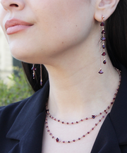 NECKLACE WITH GARNETS