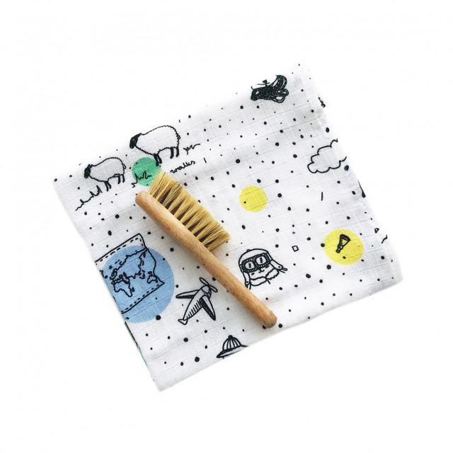 Cradle Cap Baby Brush and Muslin Cloth Set-Brush-Lullalove-Travelling Bear-Eko Kids