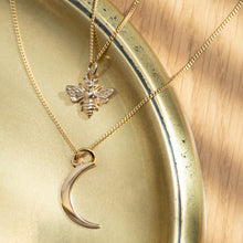 Load image into Gallery viewer, Gold Moon Necklace