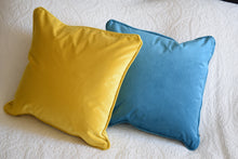 Load image into Gallery viewer, Teal Velvet Cushion