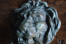 Load image into Gallery viewer, Bronze Lion Mask Door Knocker