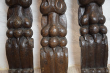 Load image into Gallery viewer, Oak Decorative Carvings