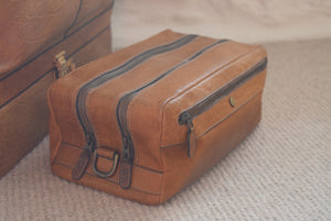 Leather Holdall and Matching Toiletry Bag