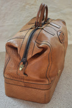 Load image into Gallery viewer,  Leather Holdall and Matching Toiletry Bag