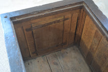 Load image into Gallery viewer, 17th Century Oak Box