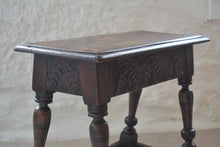 Load image into Gallery viewer, Antique 18th Century Oak Joint Stool