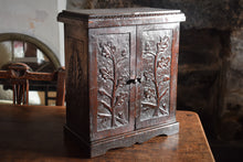 Load image into Gallery viewer, Arts And Crafts Period Oak Cabinet
