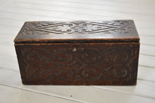 Load image into Gallery viewer, Antique Miniature Oak Coffer