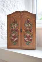Load image into Gallery viewer, Small Vintage wooden painted wall cupboard