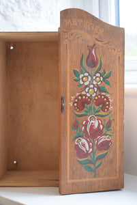 Small Vintage wooden painted wall cupboard
