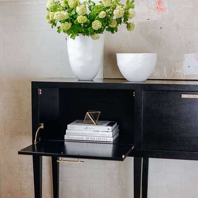 Transitional Console | Get the look with Jolie products