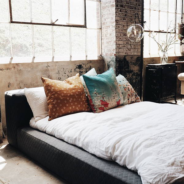 Industrial Bedroom | Get the look with Jolie products